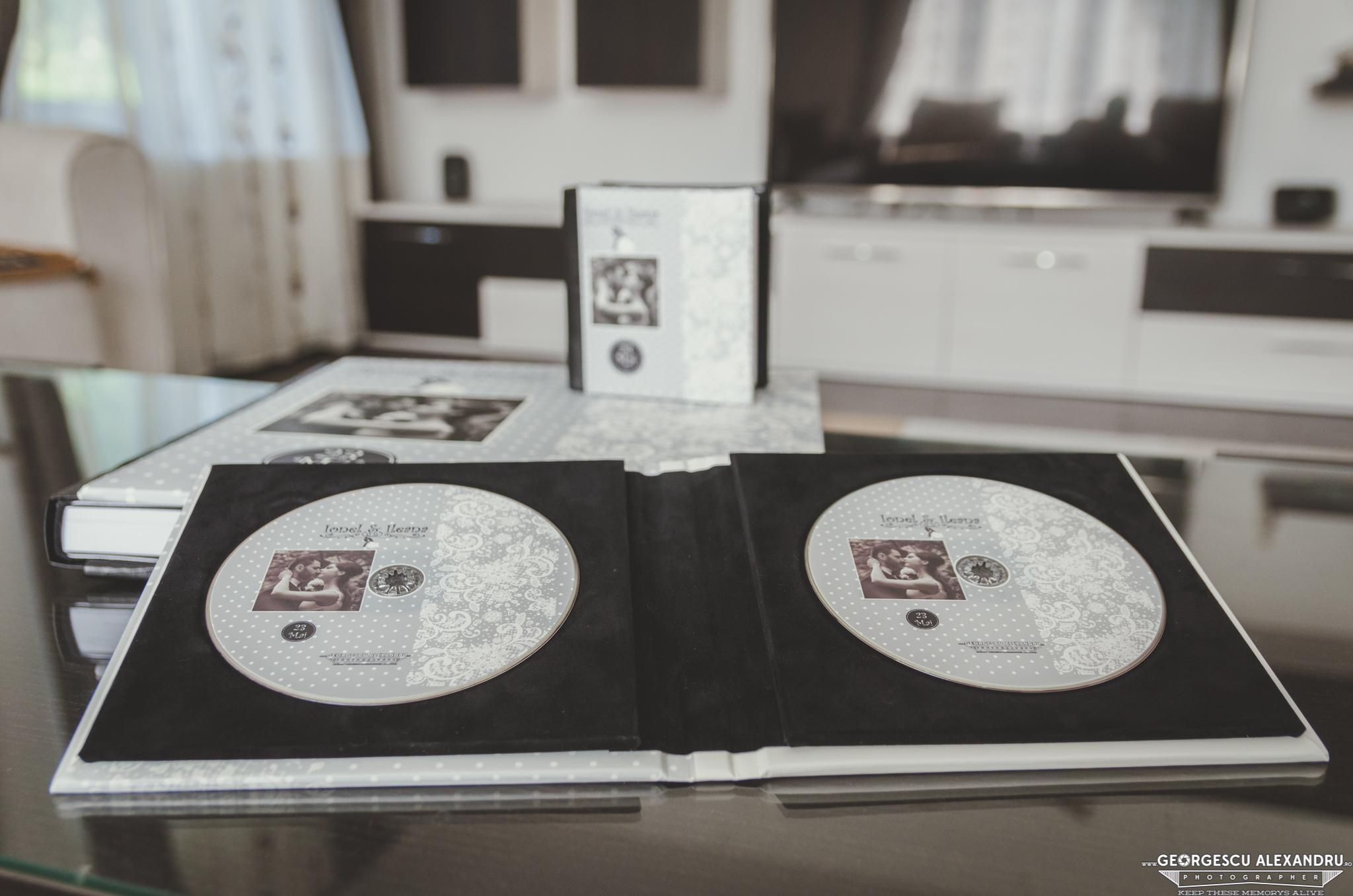 Album (17 of 29)